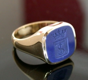Lapis With Shield And Monogram set on gold cushion signet ring
