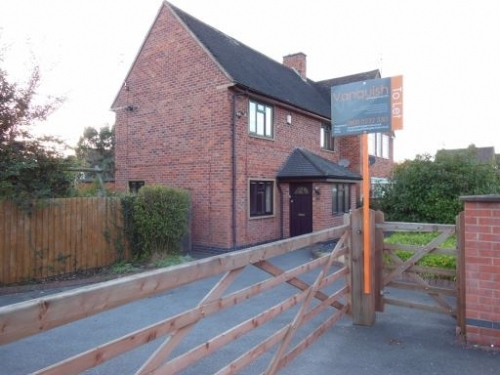 3 Bedroom Houses to Rent in Derby