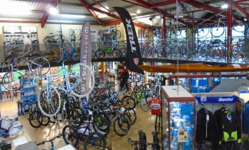 Bigpeaks Bike Shop And Watersports Store Ashburton Devon Uk 9