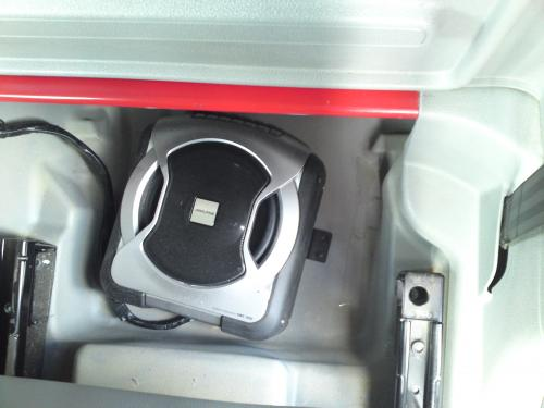 Alpine Subwoofer In a Vw Caddy