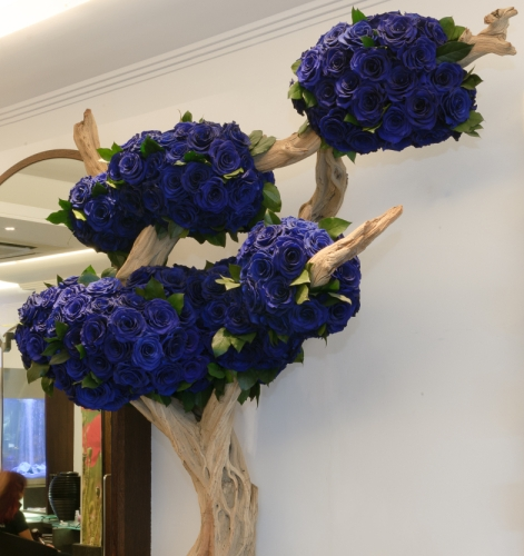 Tree made with Royal Blue Infinite Roses