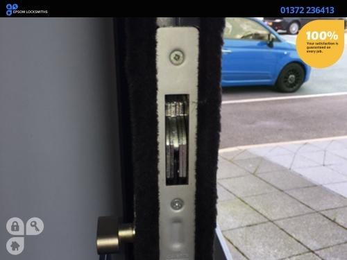 http://www.epsomlocksmiths.net/locksmithservices.asp