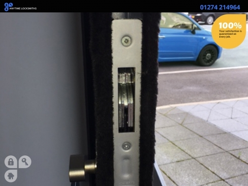 http://www.bradfordlocksmiths24h.co.uk/auto-locksmith.asp