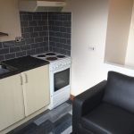 TO LET - £350 p.m.