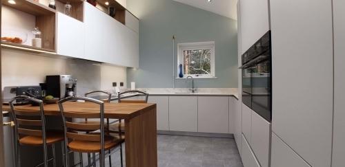 Hanlde less matt kitchen