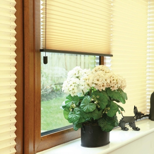 Freehanging Pleated Blinds Milton Keynes