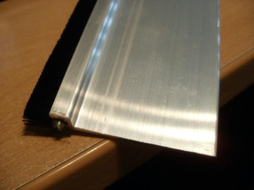 55 mm wide aluminium plate with strips , here 1`0 mm brush , 50 mm max possible
