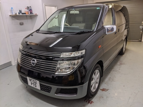 Nissan Elgrand E51 - Enhance and Protect Detail - Machine Polished