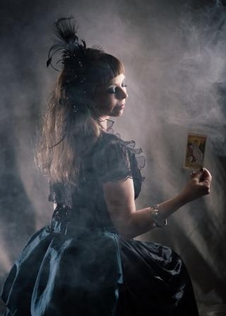 Psychic Clairvoyants available for hire