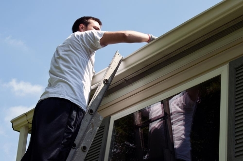 The Gutters Need Repair See How To Do It 02