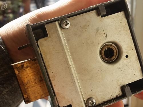 lock repairing and replacement