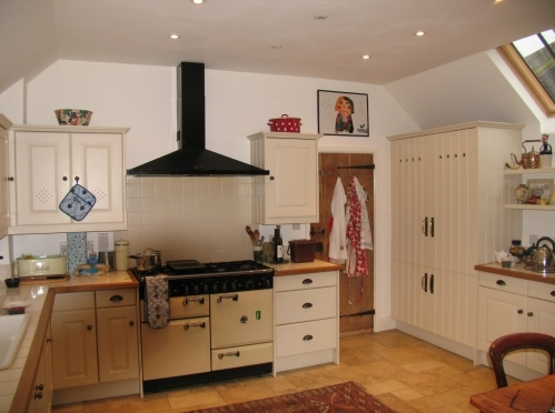 Conversion of outhouse to kitchen, Yalding