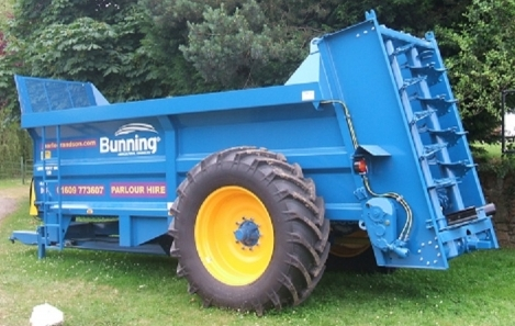 12t Bunning muck spreader for hire, also 10 and 15t available.