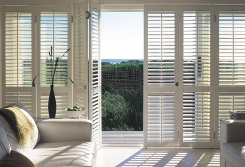 Tracked Shutters With Ring Pull Handle
